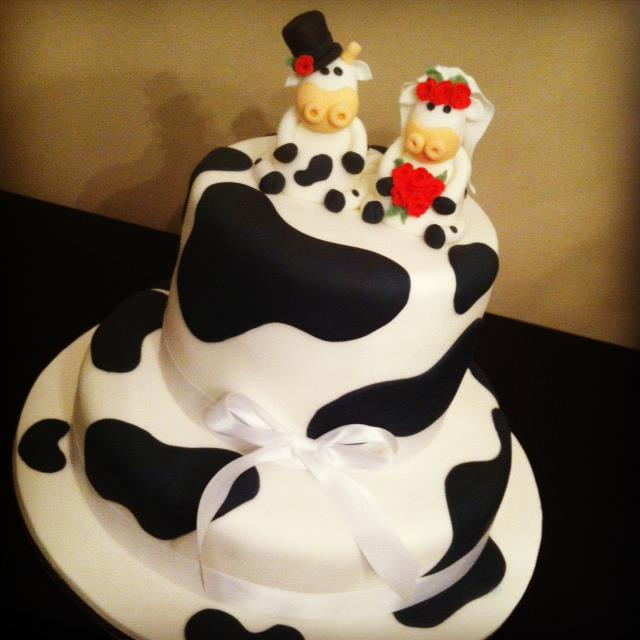 Cow Themed Wedding Cake 1