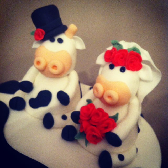 Cow Themed Wedding Cake 2