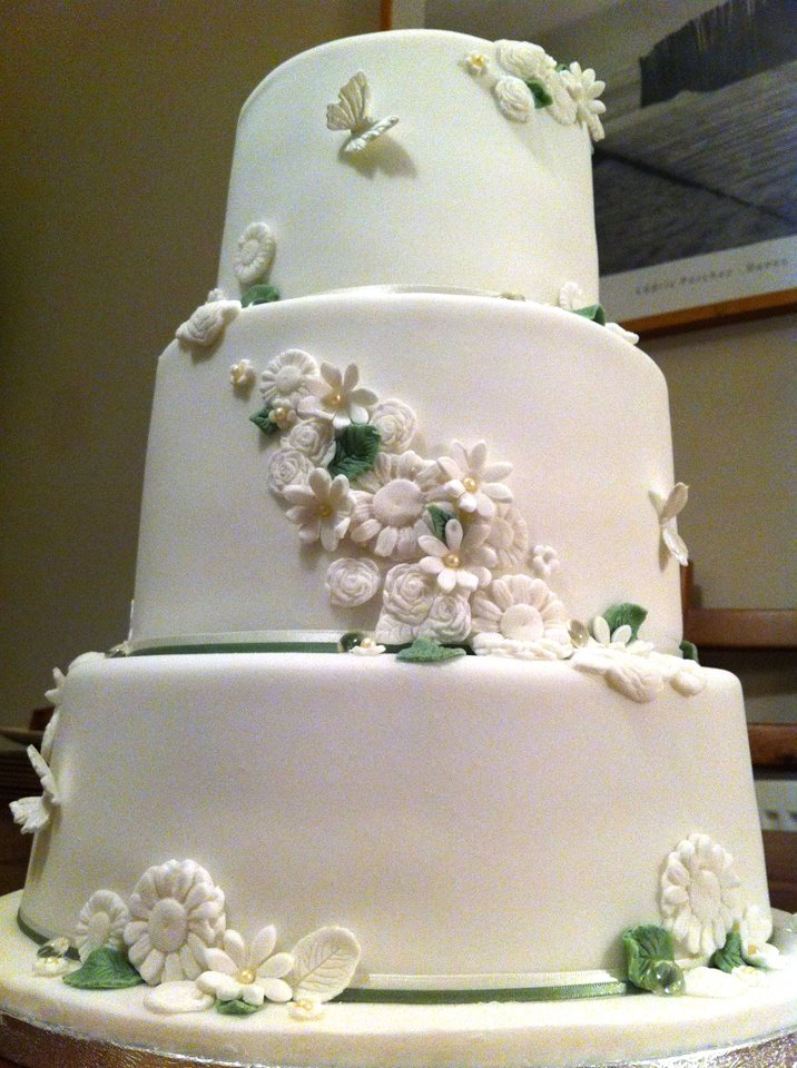 White And Ivy Flower 3 Tier Wedding Cake 1