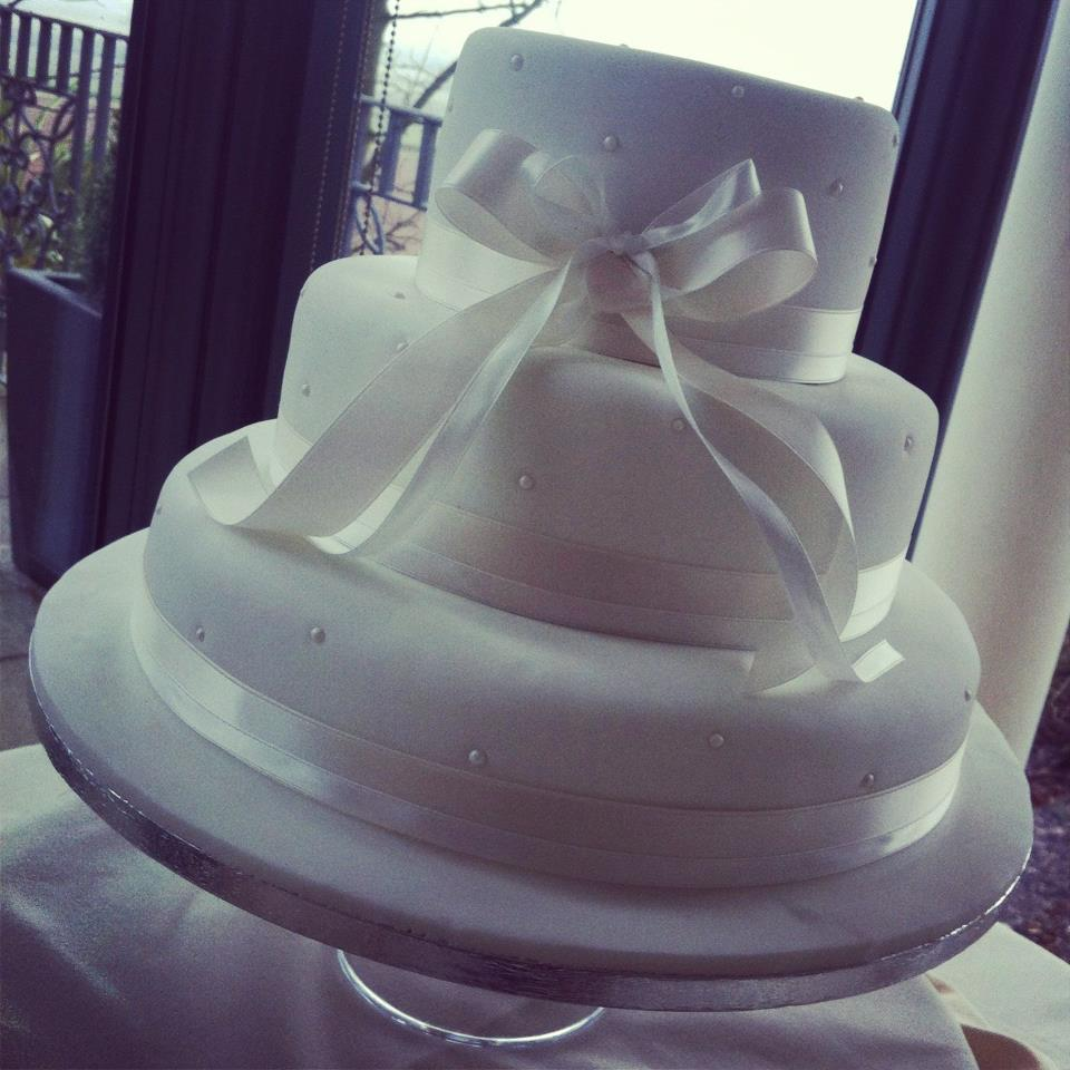 White Pearl Themed 3 Tier Wedding Cake