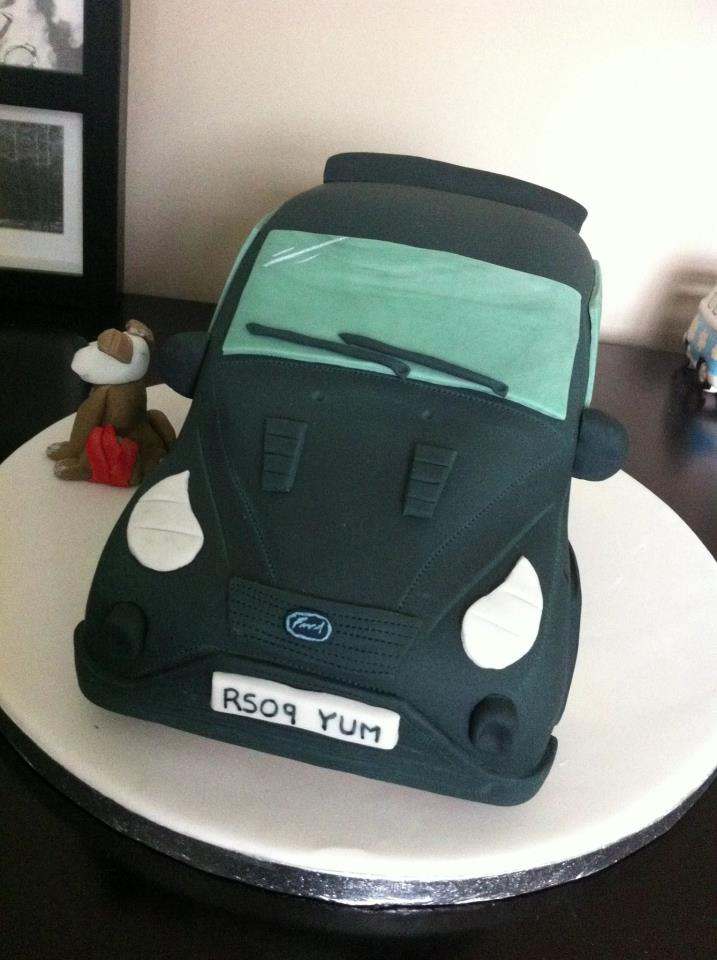 Green Ford Focus Cake 1