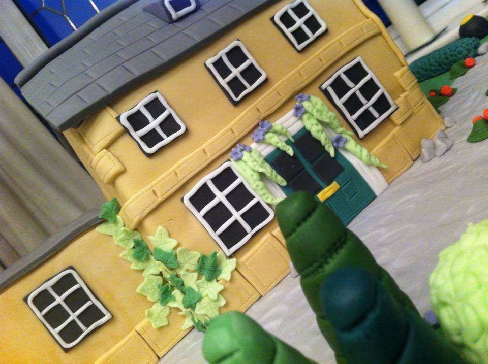 Bespoke House Cake And Grounds 6