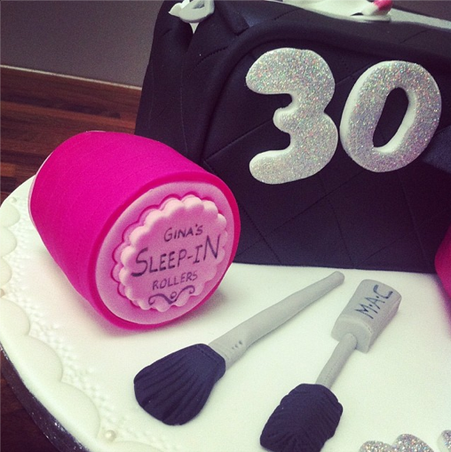 Make Up Cake Sleep In Rollers Cake Licky Lips Cakes Liverpool