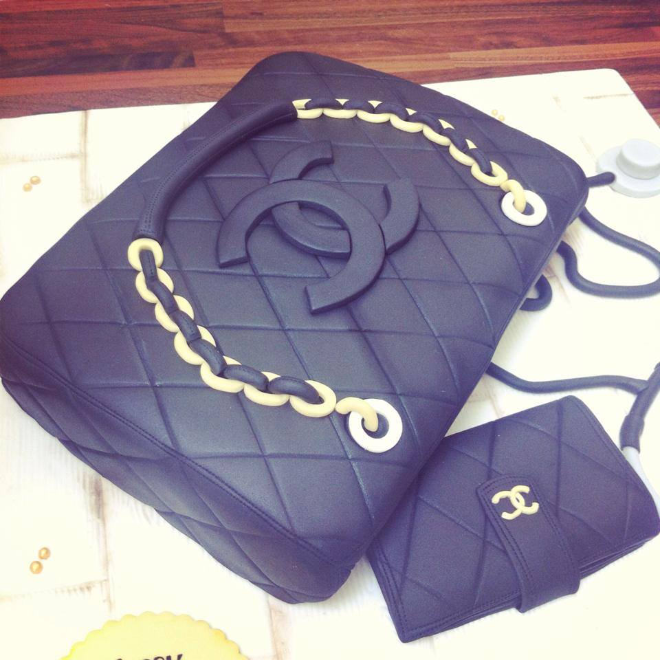 Chanel Handbag Cake Licky Lips Cakes Liverpool