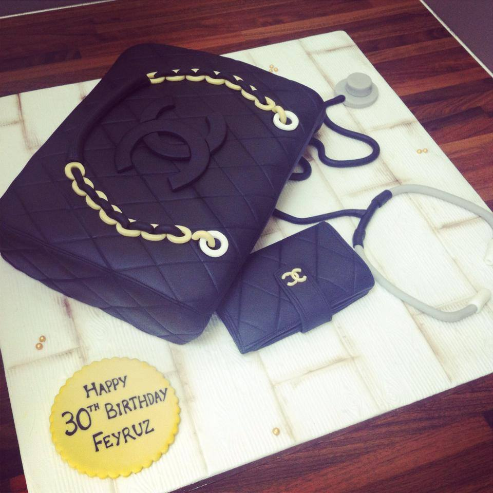 Chanel Handbag Cake 2 Licky Lips Cakes Liverpool