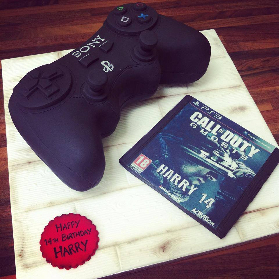 Playstation Call Of Duty Cake Licky Lips Cakes Liverpool