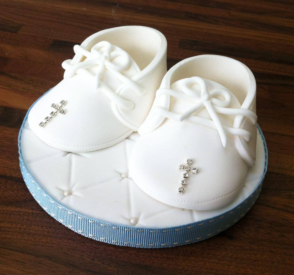 CHRISTENING BOOTIES TOPPER  - licky lips cakes liverpool