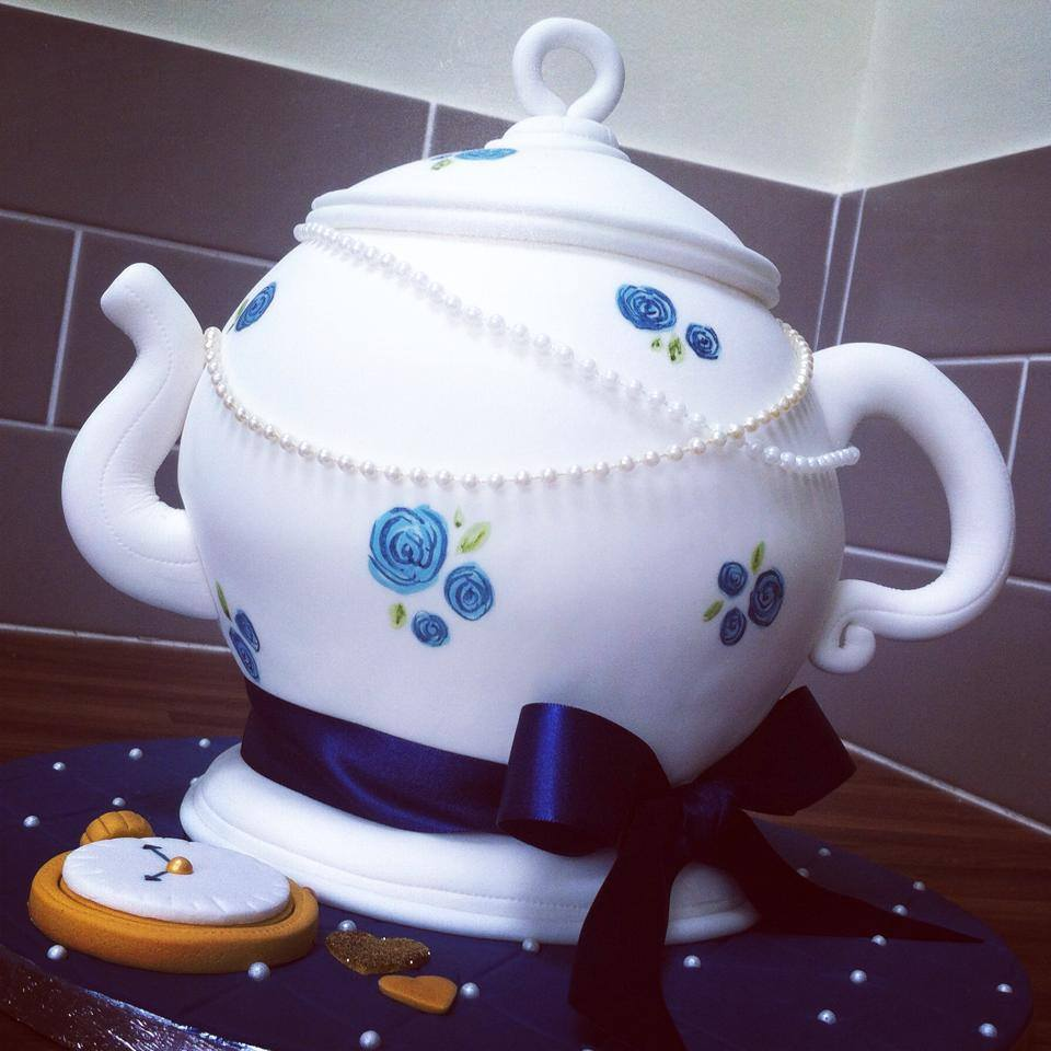 Vintage teapot wedding cake and cupcakes  - licky lips cakes liverpool 6