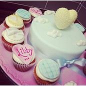 Heart And Clouds Cake 2 Licky Lips Cakes Liverpool