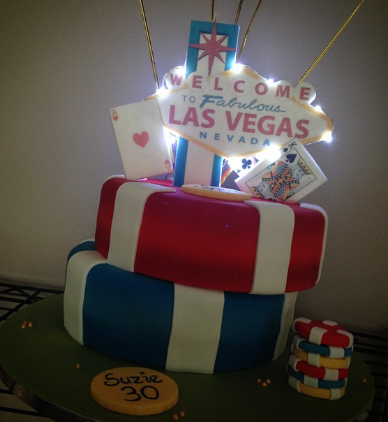 Vegas Cake With Lights 2 Licky Lips Cakes Liverpool