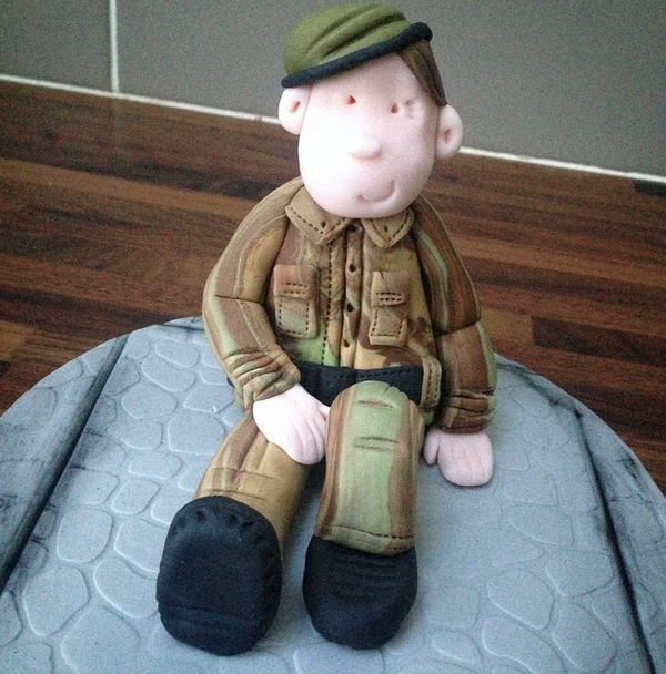Licky Lips Cakes Liverpool Men Army Cake